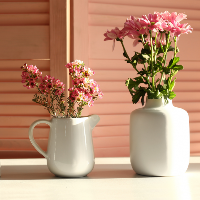 15 UNIQUE DECORATIVE VASES TO BEAUTIFY YOUR HOME