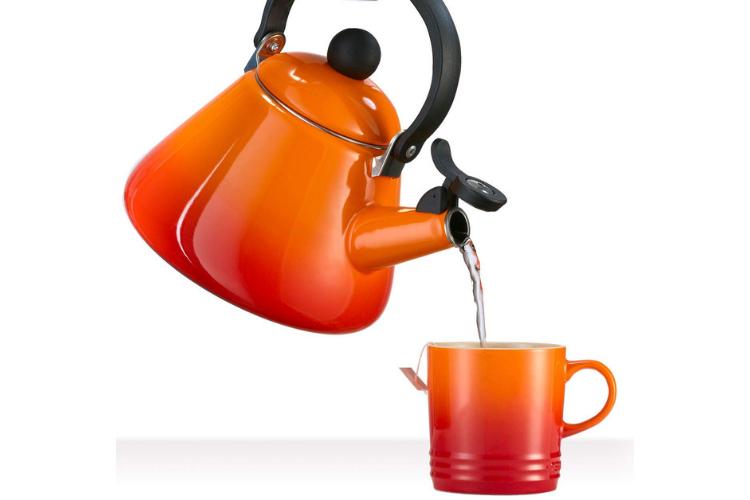 Le Creuset Kone Kettle - best teapots